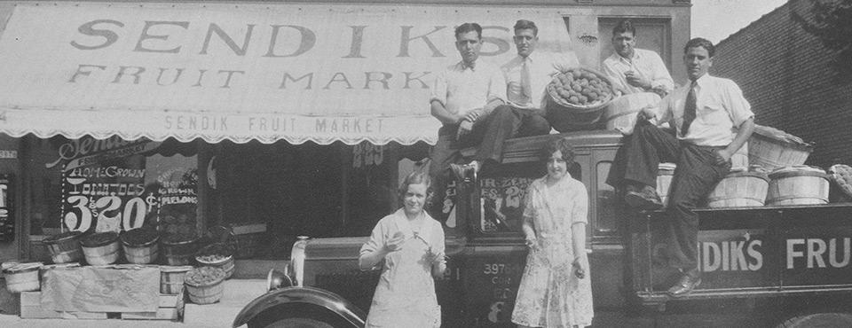 Sendik's Food Market in Shorewood in the 1920's