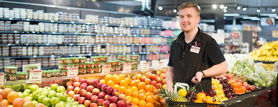 Sendik's Express Personal Shopper Jacob with Produce